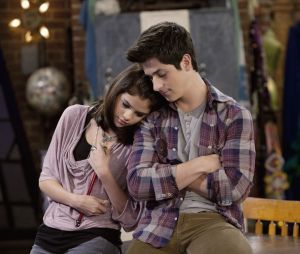 """Fãs acreditam que """"Os Feiticeiros de Waverly Place"""" pode voltar"""