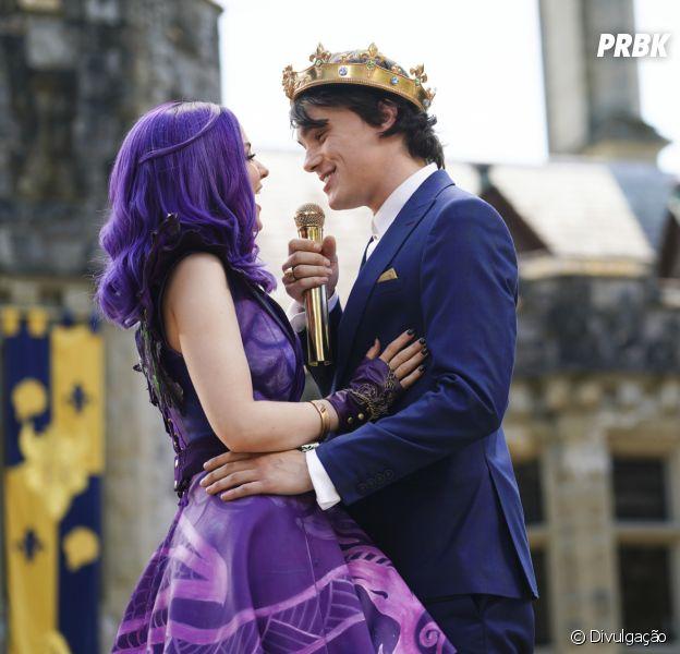 """""""Descendentes"""": Disney Channel lançará curta sobre casamento de Mal (Dove Cameron) e Ben (Mitchell Hope)"""