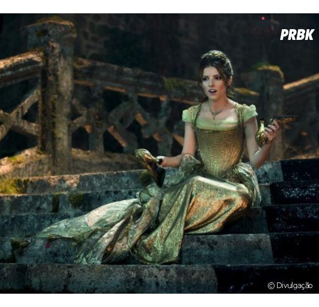 """Anna Kendrick vai interpretar a Cinderela em musical """"Caminhos da Floresta"""", da Disney"""