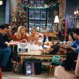 Escolha uma comida de Natal e te daremos um episódio natalino para assistir