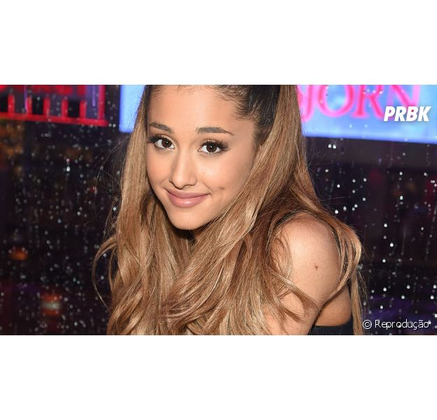 Ariana Grande grava especial de natal para a Disney