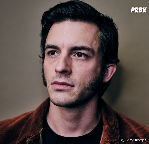 """Conheça Jonathan Bailey, o Anthony de """"Bridgerton"""" na Netflix"""