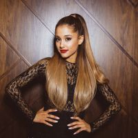 Ariana Grande no Brasil? Cantora anuncia turnê no país em 2015!