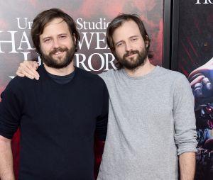 Os gêmeos americanos e criadores da série Matt Duffer e Ross Duffer anunciaram Amybeth McNulty em 'Stranger Things 4'