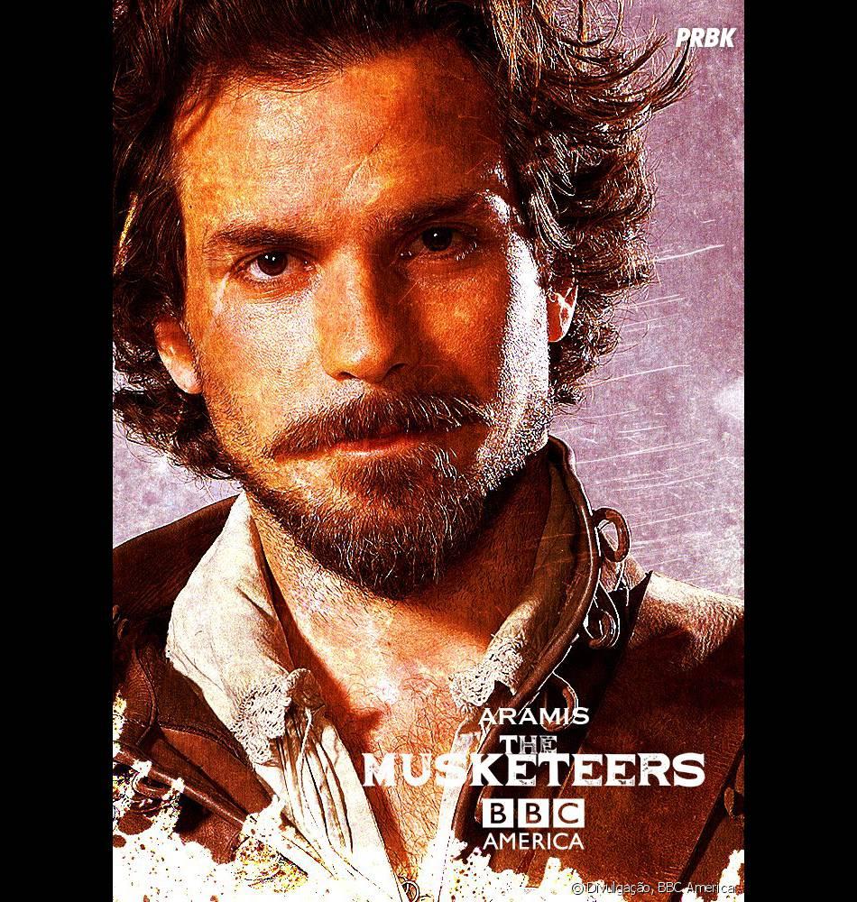 """Em """"The Musketeers"""", Aramis (Santiago Cabrera) é o pegador do quarteto"""