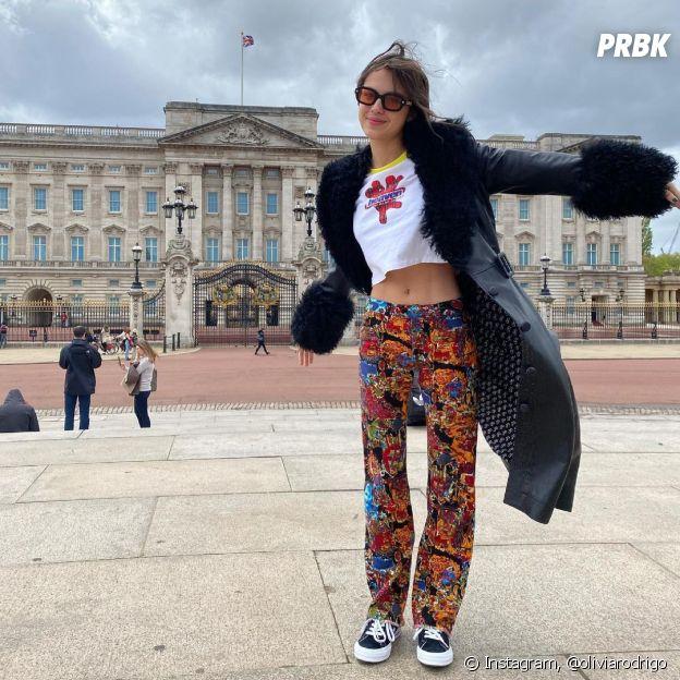 Olivia Rodrigo se inspira nas tendências dos anos 2000